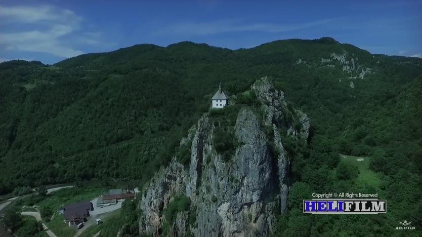 VIDEO Očaravajući prizori: Pogledajte kako džamija Kušlat izgleda iz zraka